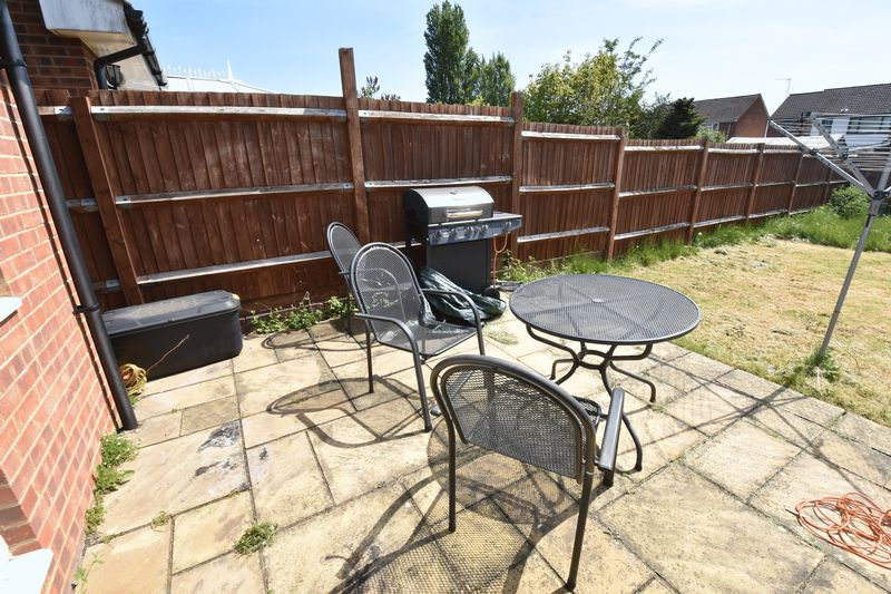 4 bedroom Detached  to buy in Sowerby Avenue, Luton - Photo 11