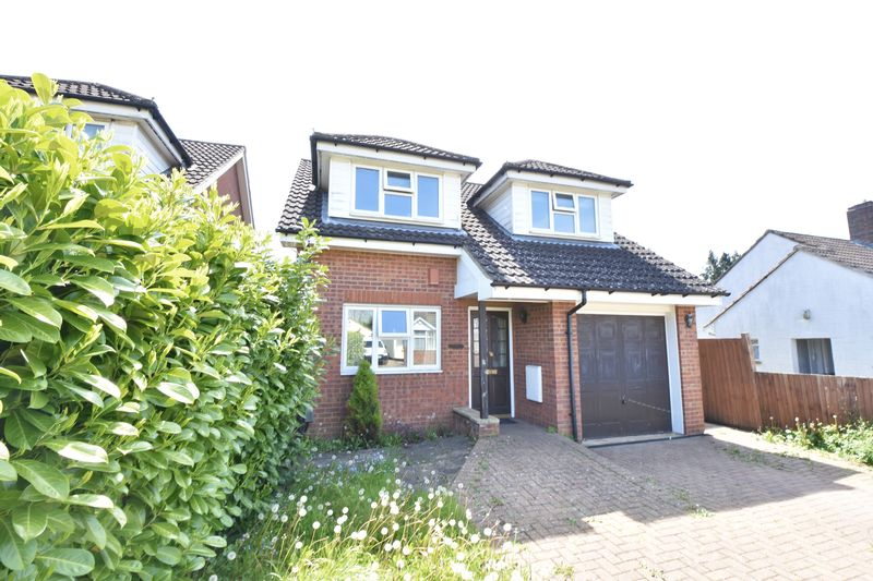 4 bedroom Detached  to buy in Sowerby Avenue, Luton - Photo 18