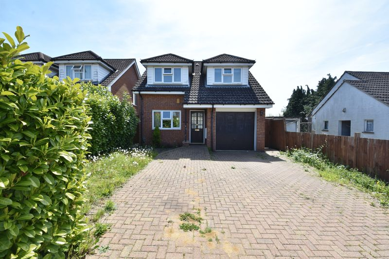 4 bedroom Detached  to buy in Sowerby Avenue, Luton - Photo 19