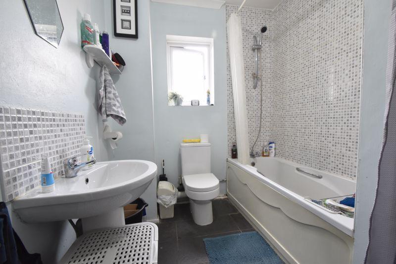 1 bedroom Flat to buy in Tudor Road, Luton - Photo 6