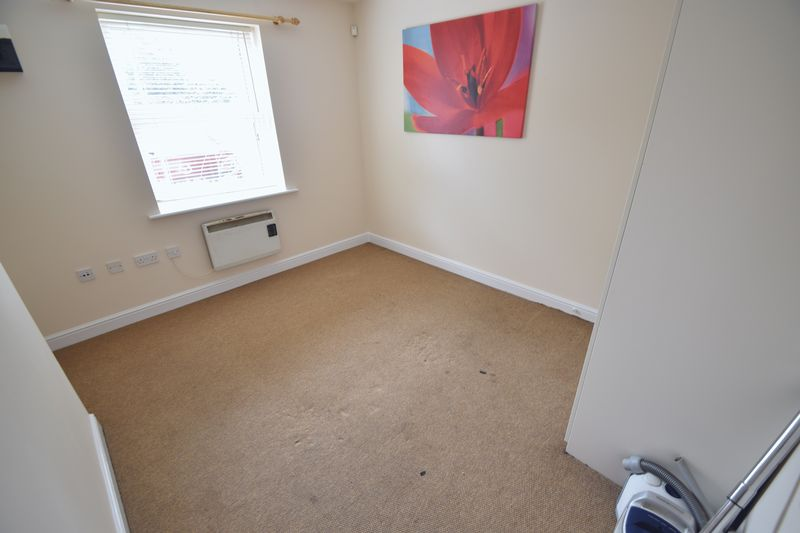 1 bedroom Flat to rent in Strathmore Avenue, Luton - Photo 1