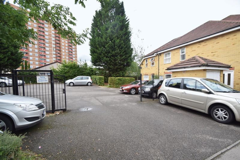 1 bedroom Flat to rent in Strathmore Avenue, Luton - Photo 8