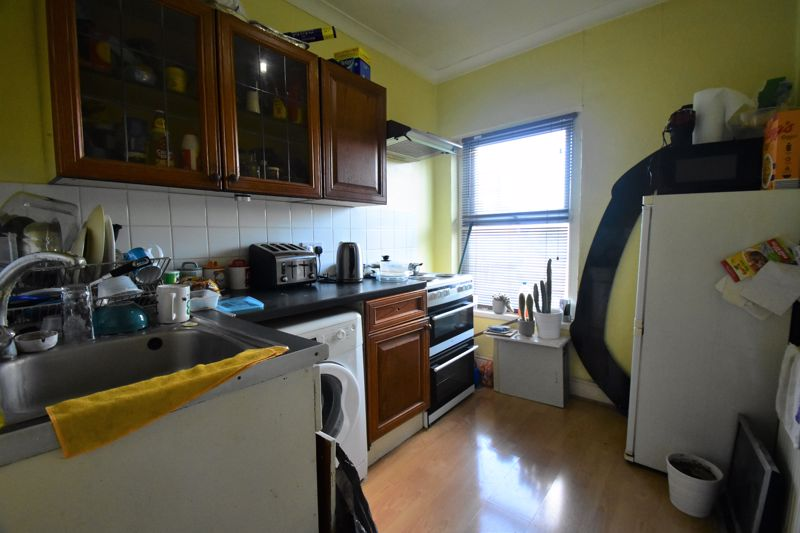 2 bedroom End Terrace to buy in New Town Street, Luton - Photo 12
