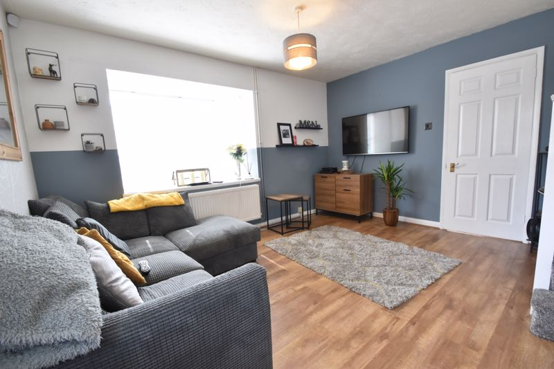 1 bedroom End Terrace to buy in Spayne Close, Luton - Photo 2