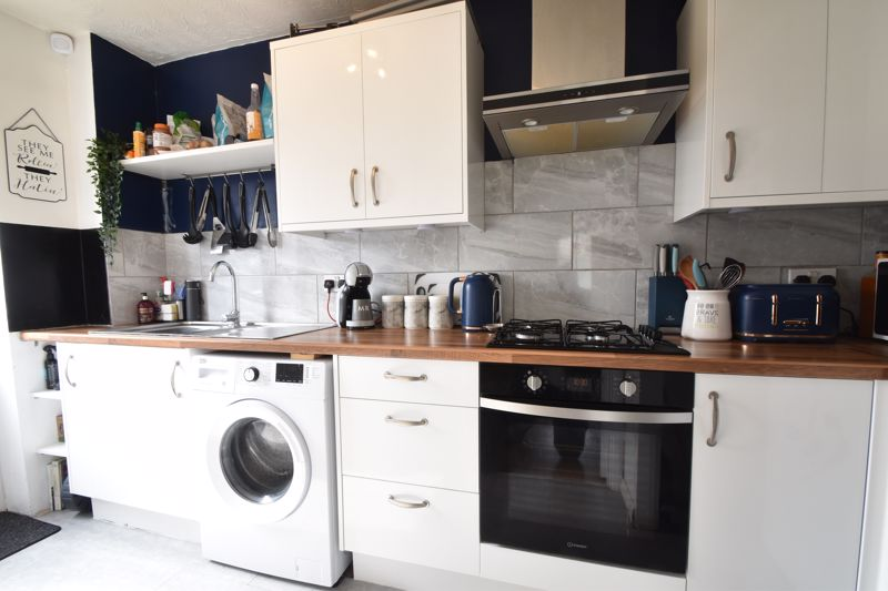 1 bedroom End Terrace to buy in Spayne Close, Luton - Photo 5