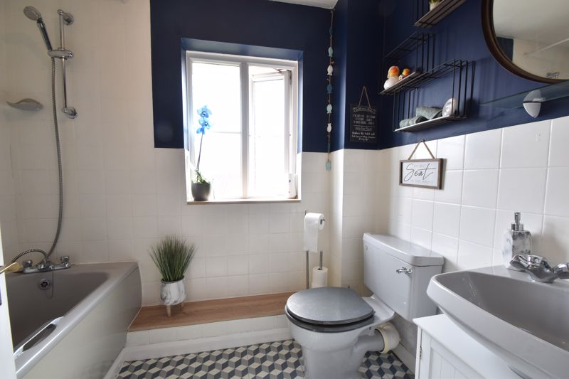 1 bedroom End Terrace to buy in Spayne Close, Luton - Photo 8