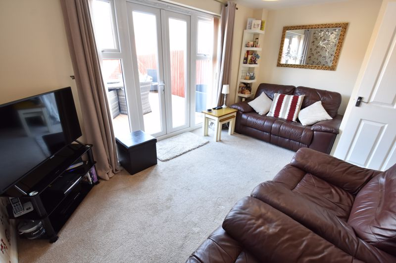 2 bedroom Semi-Detached  to buy in Meadfoot Place, Bedford - Photo 2