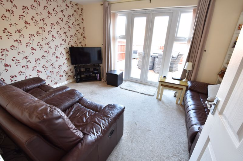 2 bedroom Semi-Detached  to buy in Meadfoot Place, Bedford - Photo 3