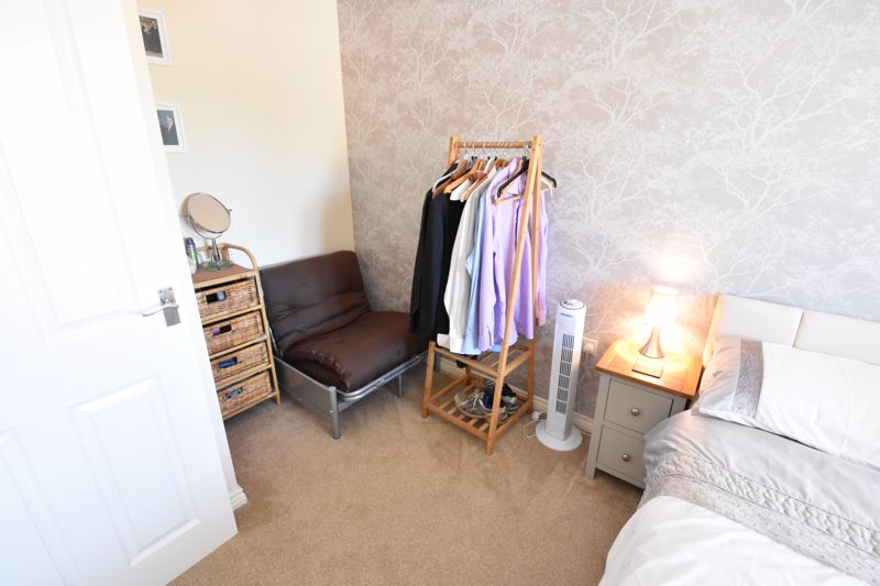 2 bedroom Semi-Detached  to buy in Meadfoot Place, Bedford - Photo 11