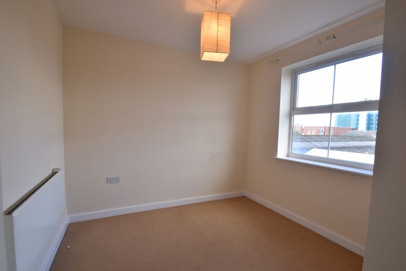 2 bedroom Apartment / Studio to buy in 1 - 117 Holly Street, Luton - Photo 11