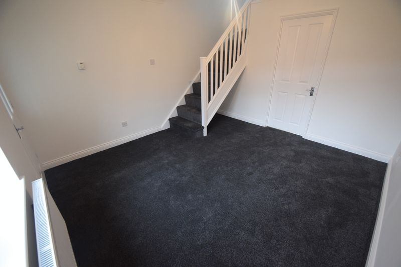 2 bedroom End Terrace to rent in Wiseman Close, Luton - Photo 1