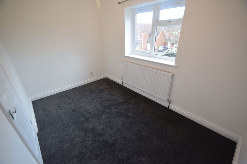 2 bedroom End Terrace to rent in Wiseman Close, Luton - Photo 7