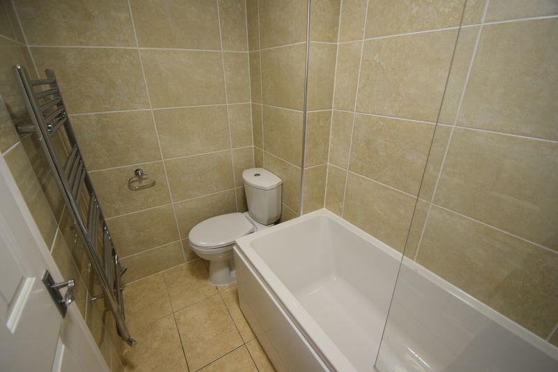 2 bedroom End Terrace to rent in Wiseman Close, Luton - Photo 9