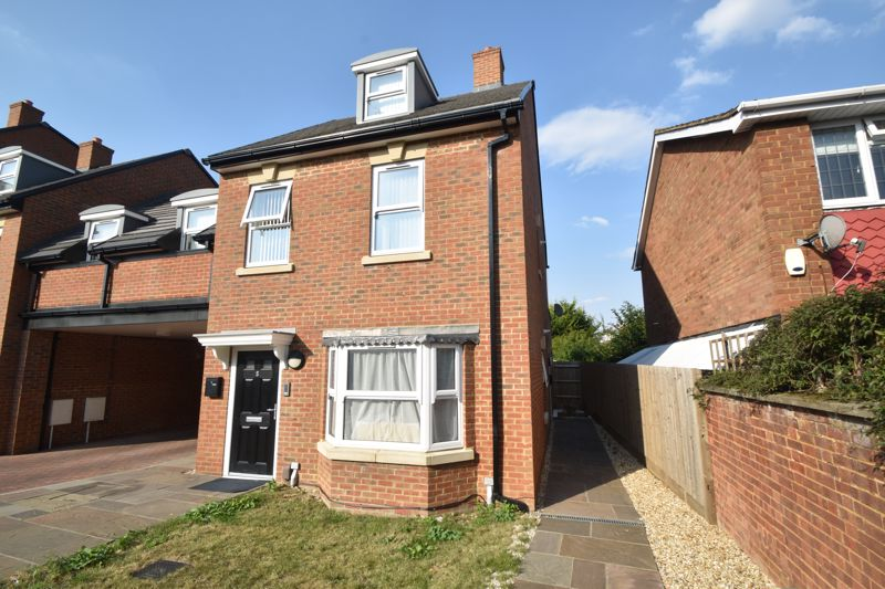 1 bedroom Maisonette to buy in Catsbrook Road, Luton