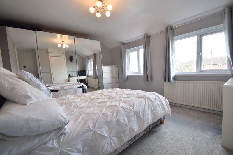 2 bedroom Semi-Detached  to buy in Foston Close, Luton - Photo 14