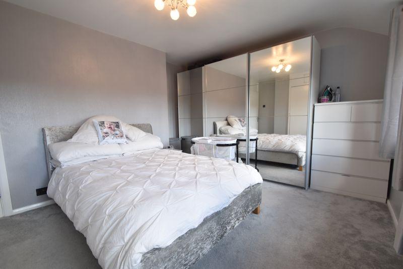 2 bedroom Semi-Detached  to buy in Foston Close, Luton - Photo 15