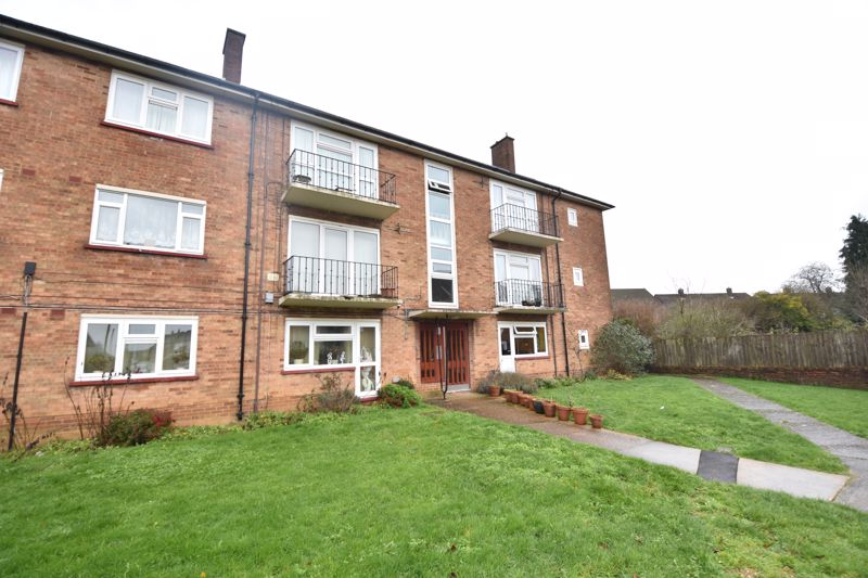 2 bedroom  to buy in Friars Close, Luton