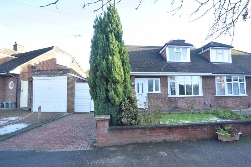 3 bedroom Bungalow to buy in Alwyn Close, Luton