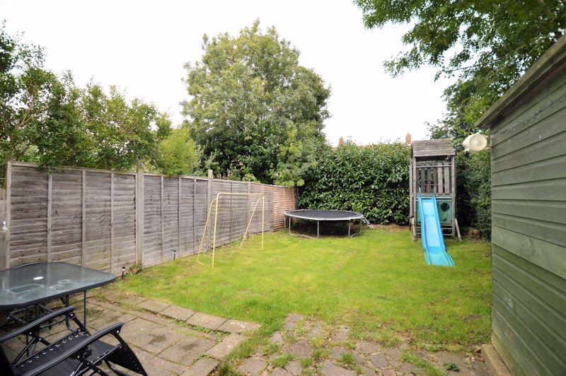 2 bedroom End Terrace to buy in Littlefield Road, Luton - Photo 6