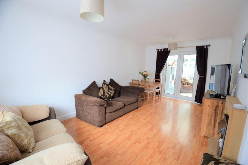 2 bedroom End Terrace to buy in Littlefield Road, Luton - Photo 10