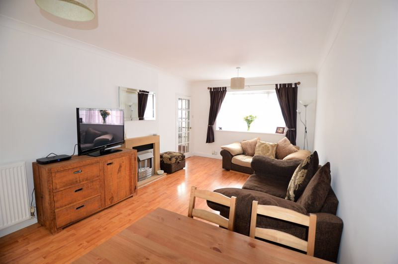 2 bedroom End Terrace to buy in Littlefield Road, Luton - Photo 11