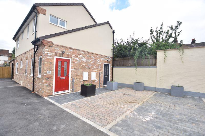 1 bedroom Maisonette to rent in Kingham Way, Luton