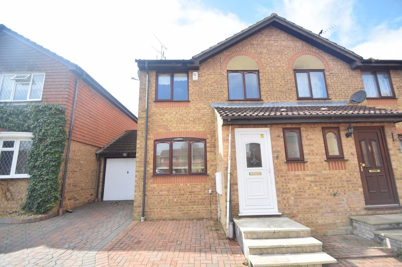 3 bedroom  to rent in Pomeroy Grove, Luton