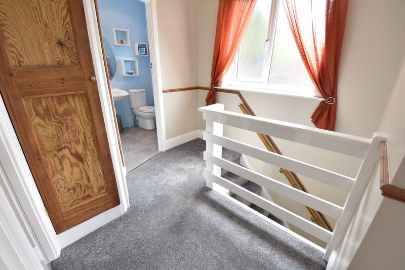 3 bedroom Semi-Detached  to buy in Wardown Crescent, Luton - Photo 3