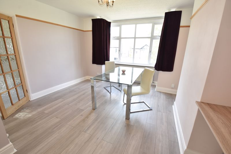 3 bedroom Semi-Detached  to buy in Wardown Crescent, Luton - Photo 18