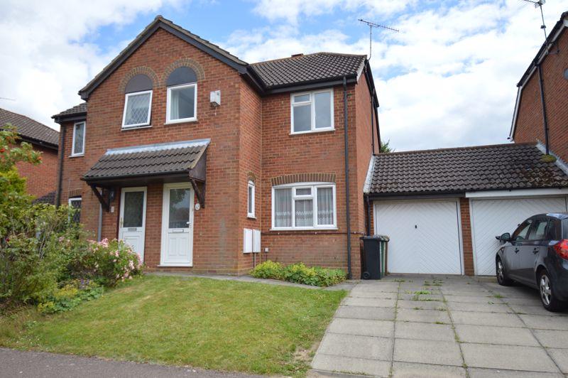 3 bedroom Semi-Detached  to buy in Pomeroy Grove, Luton