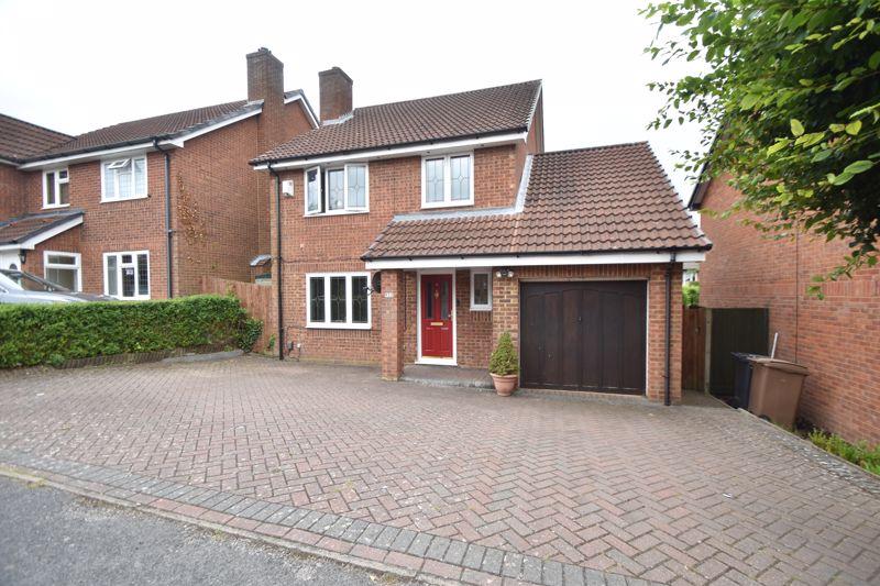 4 bedroom Detached  to buy in Heron Drive, Luton