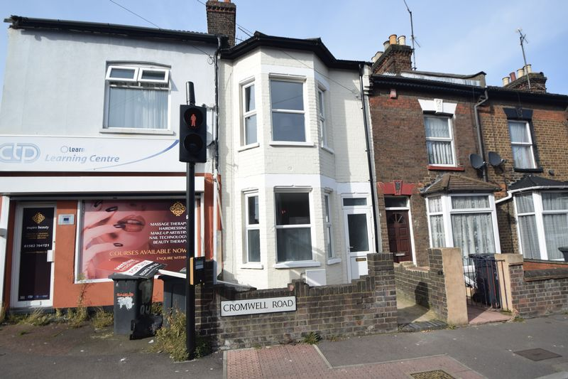 3 bedroom Mid Terrace to buy in Cromwell Road, Luton