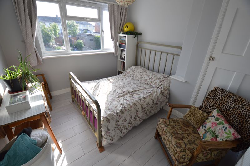 3 bedroom End Terrace to buy in Somerset Avenue, Luton - Photo 7