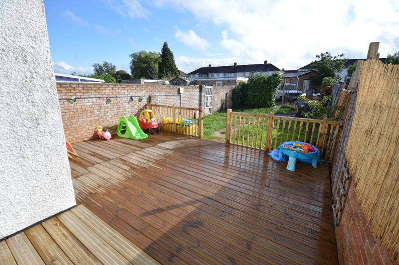 3 bedroom End Terrace to buy in Somerset Avenue, Luton - Photo 10