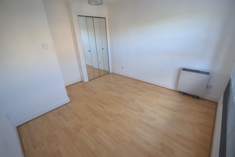 1 bedroom Flat to rent in Knights Field, Luton - Photo 5