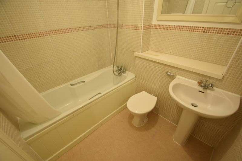 1 bedroom Flat to rent in Knights Field, Luton - Photo 6