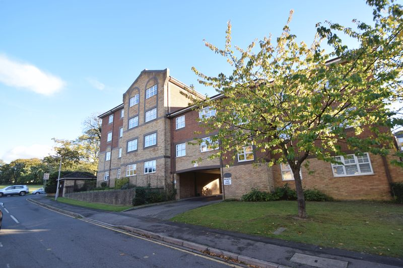 1 bedroom Flat to rent in Knights Field, Luton