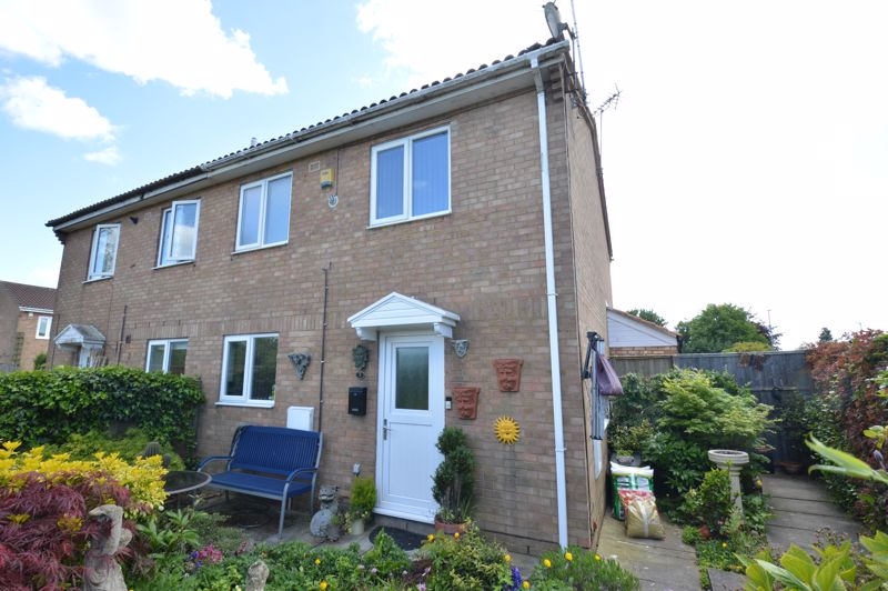 1 bedroom End Terrace to buy in Reston Path, Luton