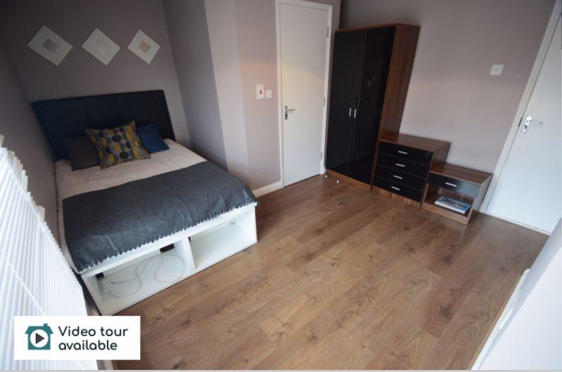 3 bedroom Mid Terrace to rent in Winsdon Road, Luton - Photo 15