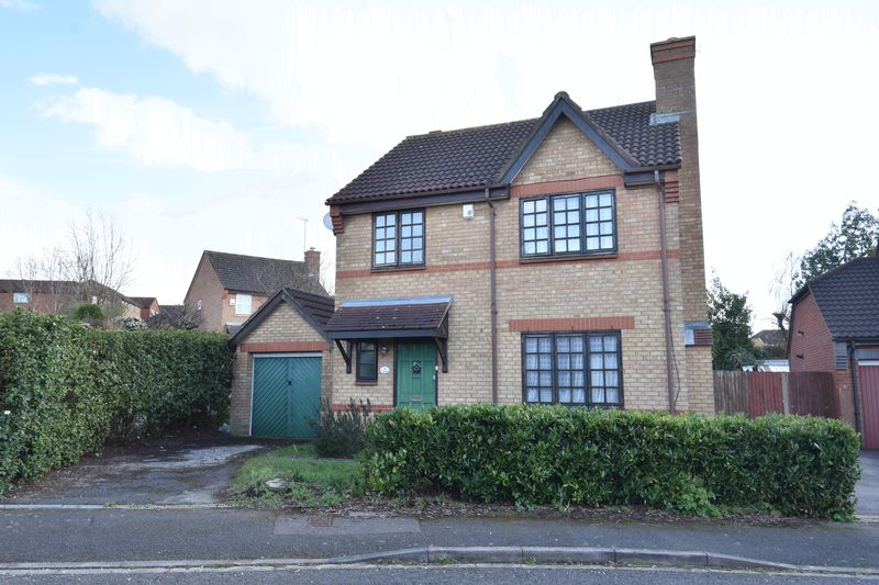 3 bedroom Detached  to buy in Rookery Drive, Luton