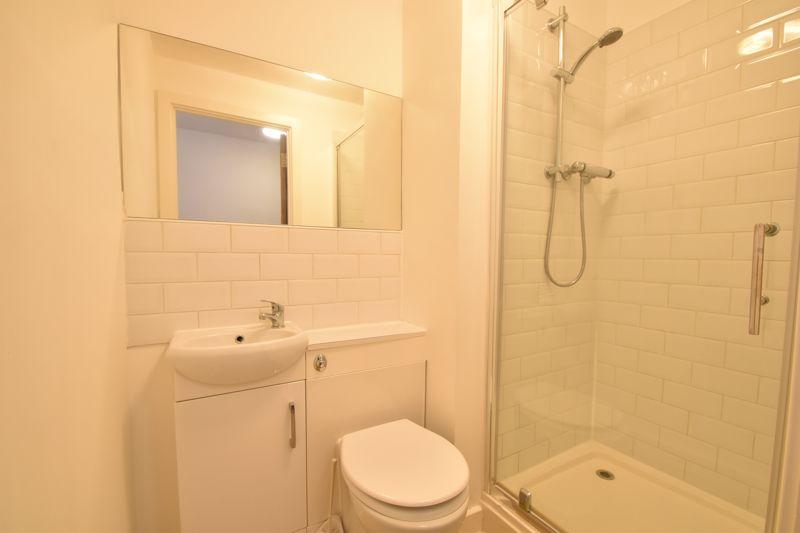 1 bedroom Apartment / Studio to buy in Park Street, Luton - Photo 3