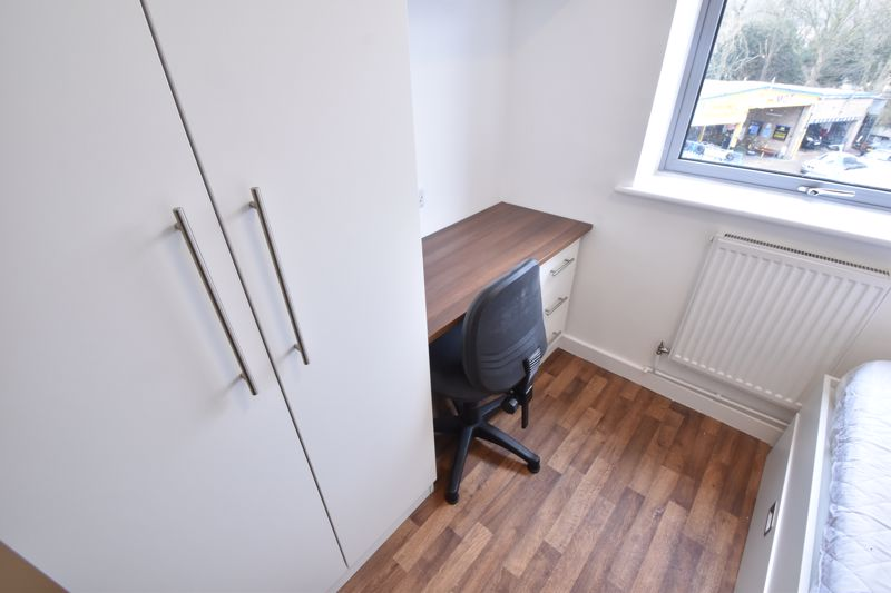 1 bedroom Apartment / Studio to buy in Park Street, Luton - Photo 6