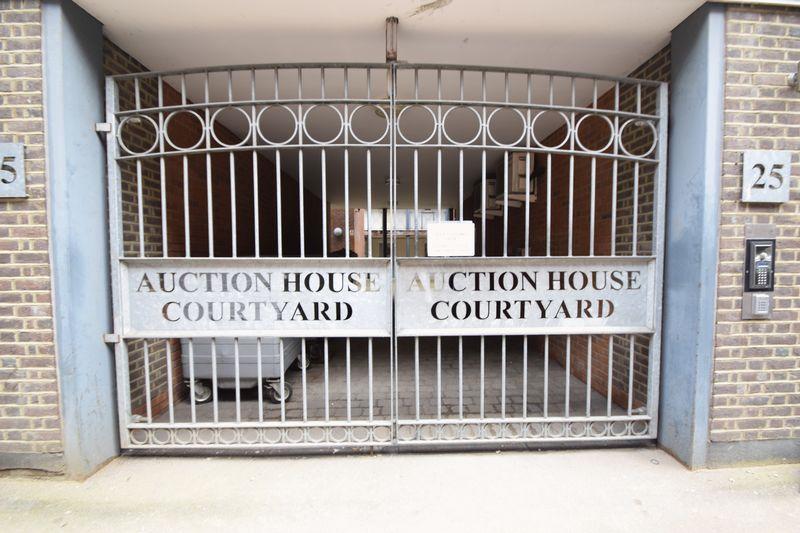 1 bedroom  to buy in John Street, Luton - Photo 19