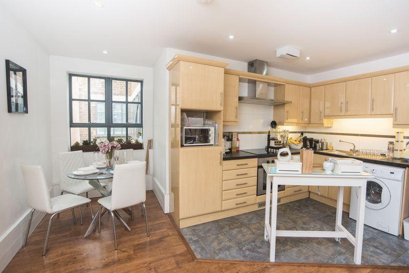 1 bedroom  to buy in John Street, Luton - Photo 10