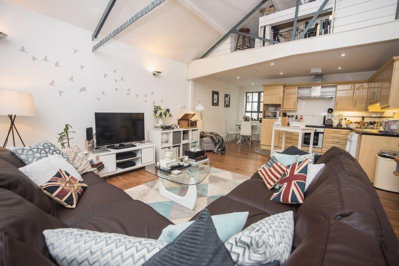 1 bedroom  to buy in John Street, Luton - Photo 11