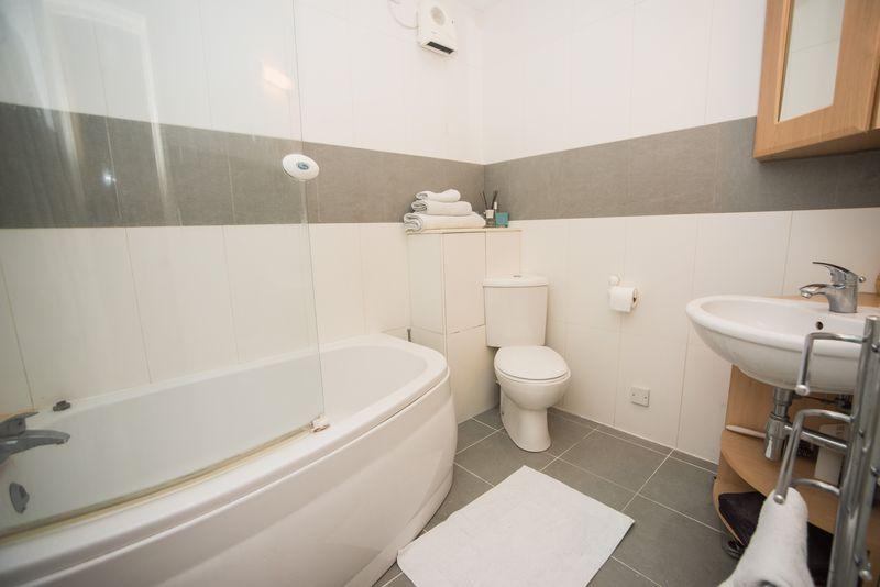 1 bedroom  to buy in John Street, Luton - Photo 17