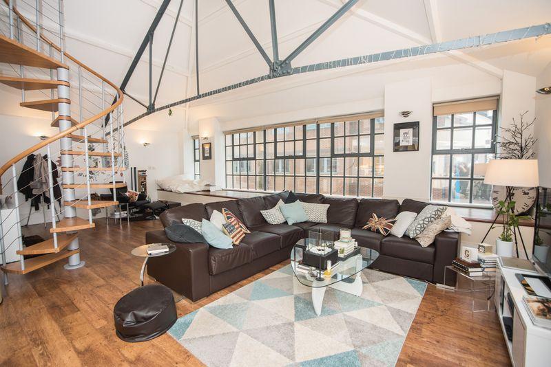 1 bedroom  to buy in John Street, Luton - Photo 5