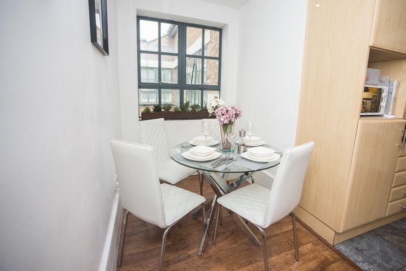1 bedroom  to buy in John Street, Luton - Photo 7