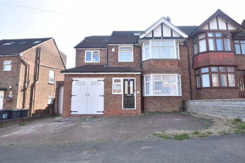 5 bedroom Semi-Detached  to buy in Meyrick Avenue, Luton