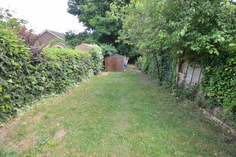 3 bedroom End Terrace to buy in Kingston Road, Luton - Photo 7
